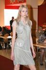 открыть фотогалерею Шоу-показ коллекций одежды весна-лето 2009